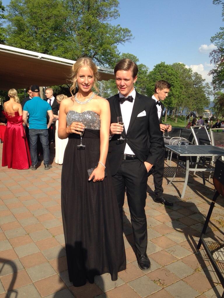 a8640b295339 svart klänning   Annelie Wahlman